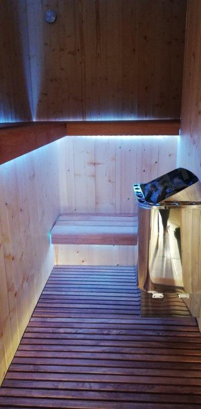 Poêle pour sauna, autant que ca soit pratique et beau.